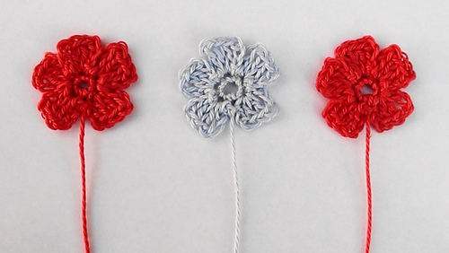 Medium Crochet Flower Pattern : Ravelry: Small Crochet Flower pattern by Paula Daniele
