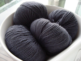 Sweaterkits-storm_small2