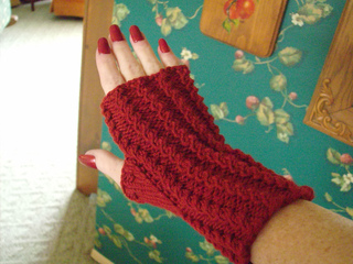 Sleigh_ride__cowl__mitts_026_small2