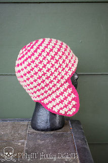 Houndstooth_earflaps-8_small2