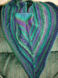 Bluegreen_shawl_001_small2