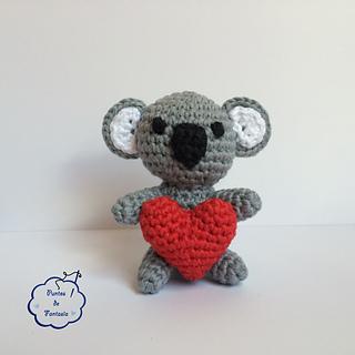 Patron Amigurumi De Koala : Ravelry: Amigurumi Koala Amoroso pattern by Puntos de Fantas?a
