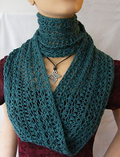 2_in_moebius_scarf_long_and_short_small2