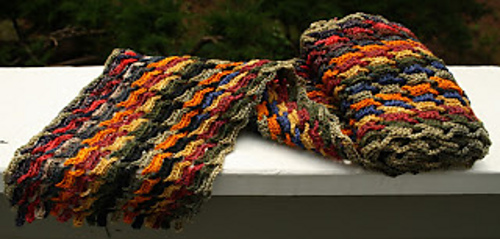 Crochet_interlocking_scarf_06-14-2013_medium