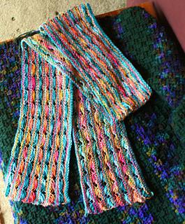 Koigu_cross_stitch_scarf_05-07-14_small2
