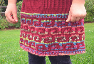 Fretwork_detail_for_ravelry_small2