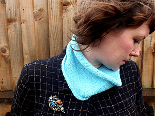 Roosterdotty_cowl_small2