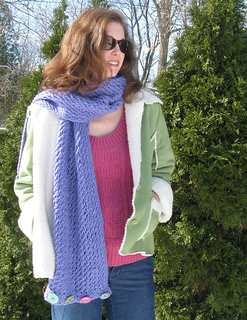 As_a_scarf_small2