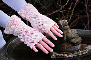 Sm_wynonastudios_bridalmitts-2_small2