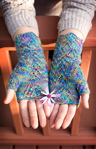 Yarntastic-knit-01_medium