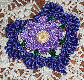 Floral-fantasy-valentine-heart100_3078_small2