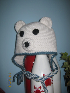 ravelry bear hat pattern by ruth mcneil. Black Bedroom Furniture Sets. Home Design Ideas