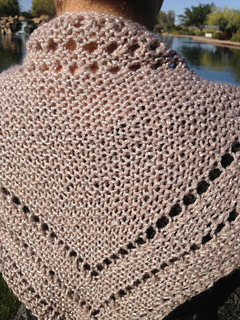 Syn_shawl_close_small2