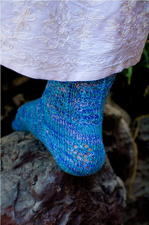 Mermaid_sock_closeup_heel_small2