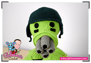 Gatling-pea-amigurumi-4_small2