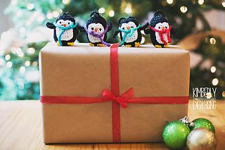 Penguine_ornament_1_small2