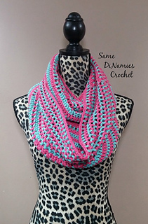 Candy_stripes_cowl_pink_and_green_small2