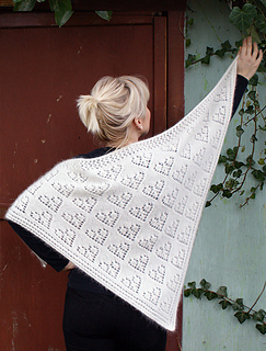 570-valentine-shawl-1_small2