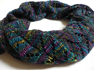 Spring_into_darkness_snood_small2