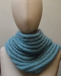 Unemizocowl500px_small2