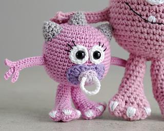 Amigurumi Baby Monsters : Ravelry: Huggy Monster pattern by Maarja Harsing-Vark