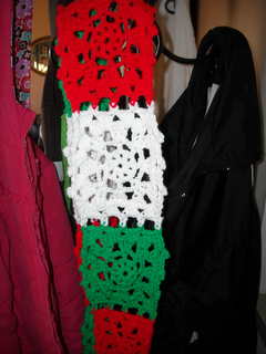 Stephanie_s_scarf_small2