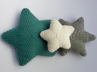 Stars_christmas_knitting_pattern_small2
