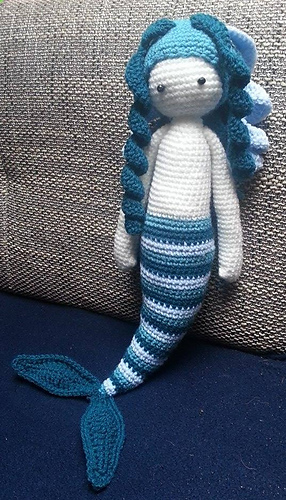 Free Knitting Pattern Mermaid Doll : Ravelry: H@bibi ~ gro?e Meerjungfrau pattern by Sandra Scherndl