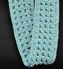 Reversible_scarf_in_crochet_small