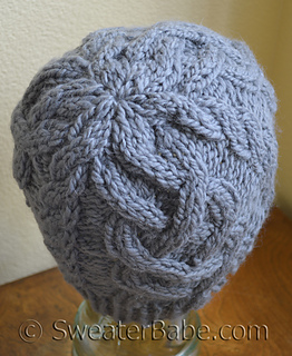 One_ball_cable_beanie3_500_small2