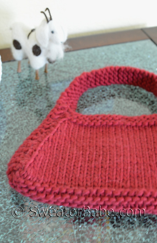 Hip_knit_purse2_500_medium