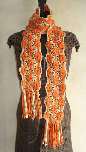Flower_stripe_scarf_400_medium