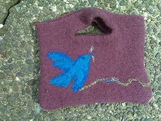 Bird_of_peace_handbag_small2