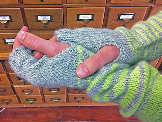 Dream-mitts-2_small2