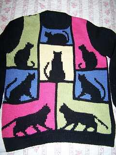 Cat_sweater_01_small2