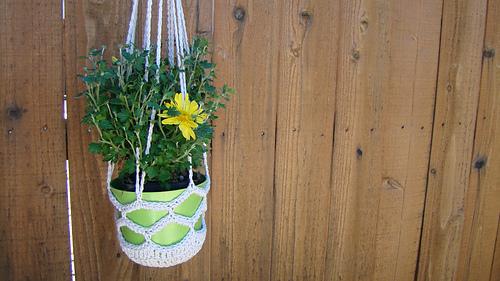 Hanging_herb_holder_1_medium
