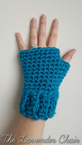 Free Crochet Pattern For Chunky Fingerless Gloves : Ravelry: Simple and Chunky Fingerless Gloves pattern by ...