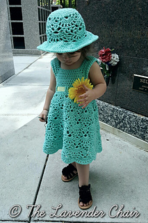 Lacy_shells_dress_-_free_crochet_pattern_-_the_lavender_chair_small2
