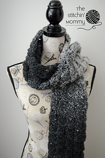 Gray_shells_scarf_2_small2