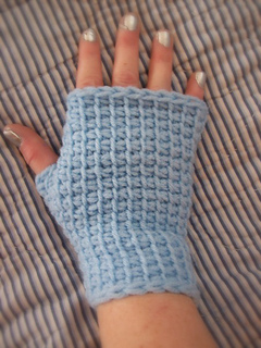 Ravelry: Tunisian Fingerless Gloves pattern by Tracey McDowell