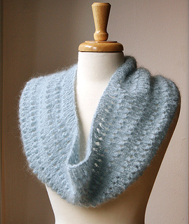 Cowl-icequeen_small2