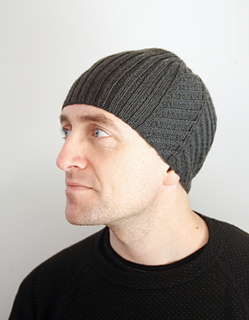 Fish_hat_with_face_web_small2