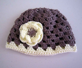 Mauve_cream_granny_cap_061112_small2
