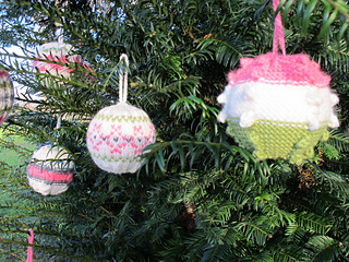 Baubles_032_small2