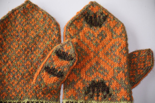 Blocked_mitts_005_small2