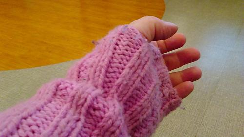 Fingerless_gloves_medium