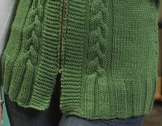 Annie_hooded_vest_-_craftsy_5_small2
