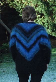 Blue_v_mohair_cut_small2