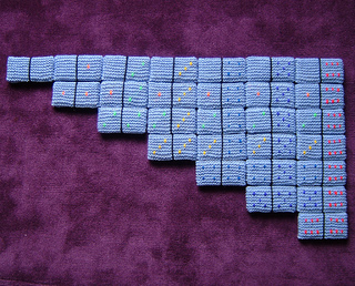 Dominoes_rows_800_small2