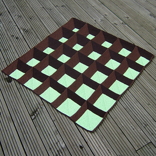 A_new_angle_view_1_square_small2